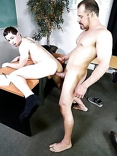 Toby Springs and Max Sargent deepthroating and...